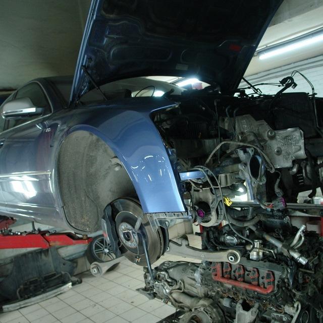 Равнодлинные коллектора v10 5.2 FSI Audi S8