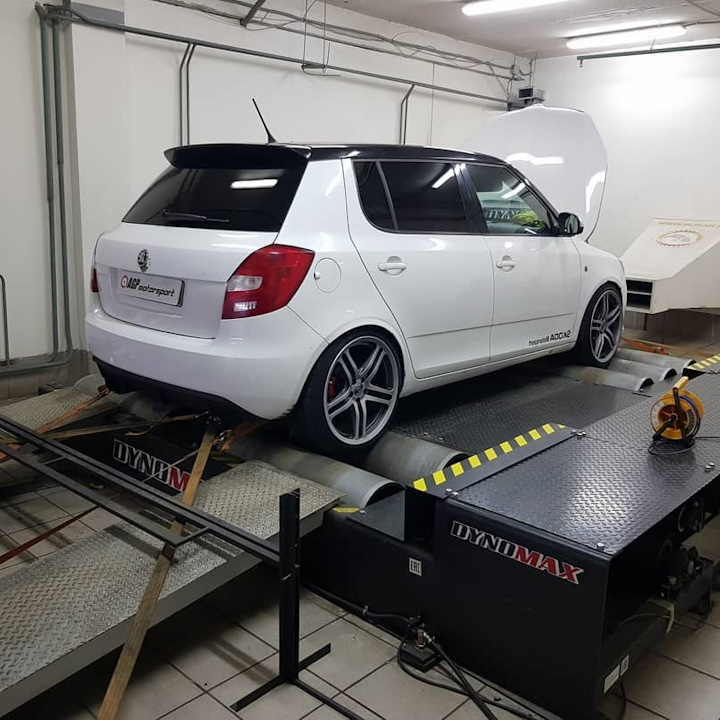 Skoda Fabia RS 1.4TSI Stage3 Supercharger+TD05-20G 320hp