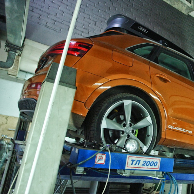 Audi Q3 2.0TFSI кастом выпускная система valvetronic и FMIC