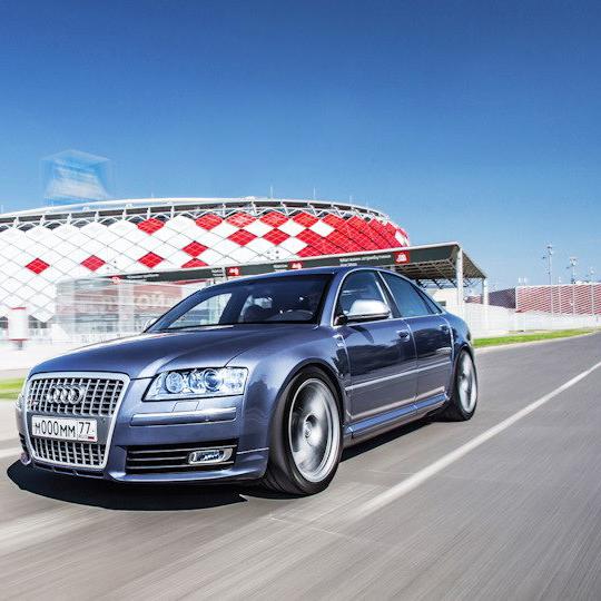 Выхлопная система с изменяемой геометрией V10 5.2 FSI Audi S8